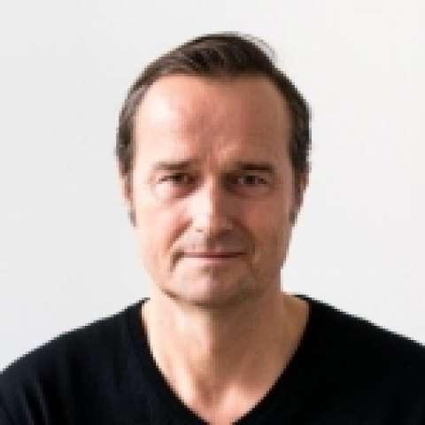 Person avatar: Tom Kurth