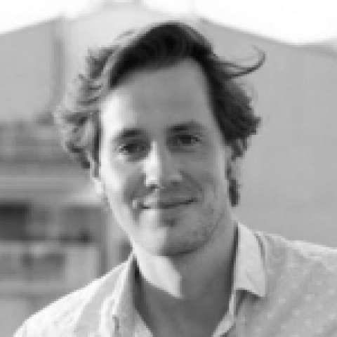 Person avatar: Robert Lacher