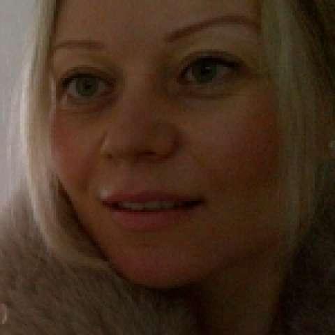 Person avatar: Angela Kobetz