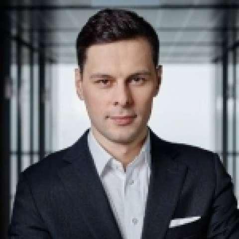 Person avatar: Maciej Kowalski