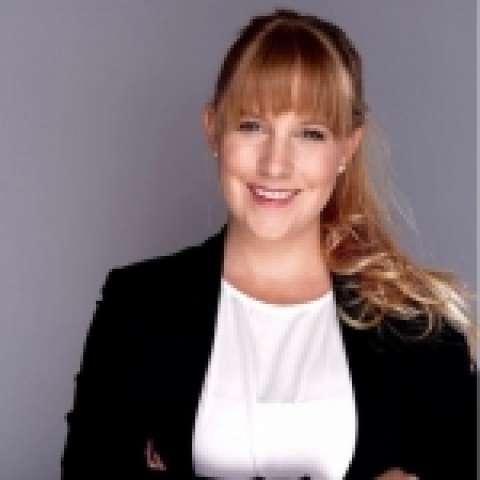 Person avatar: Sandra Schaedel