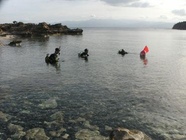 Fotiades Bay divers at sea level