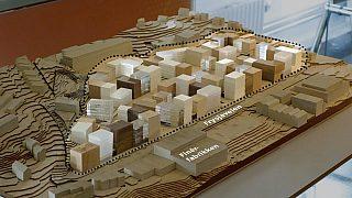 Modellen på bildet viser hva forslagsstiller Stor-Oslo Eiendom/Frysjaparken Utvikling ønsker å bygge på Frysja, med 950 boliger. Plan- og Bygningsetaten ønsker en lavere byggehøyde og ca 600 boliger.