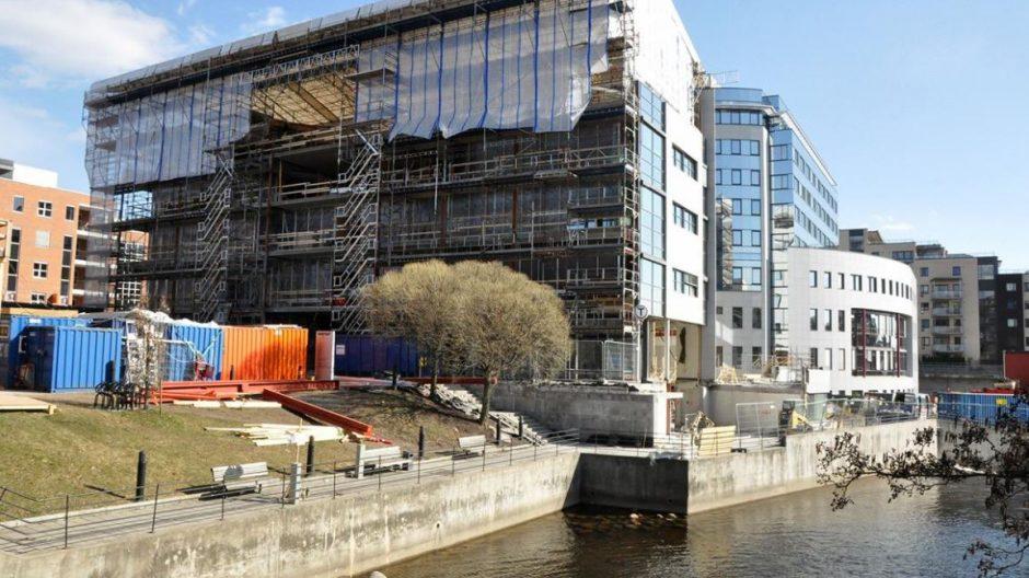 Avantar har begynt arbeidet med å gi Trogbygget på Gullaug torg et mer moderne uttrykk. Bygget vil også strekke seg lengre ut mot Akerselva.