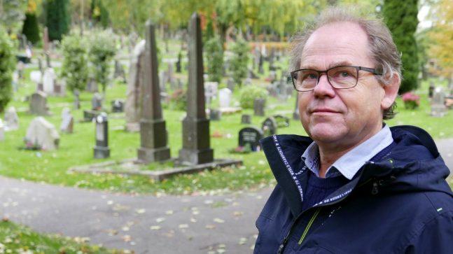 – Vil du gravlegges i urne, så er det plass på alle kirkegårder og gravlunder i hele byen, understreker Stein Olav Hohle