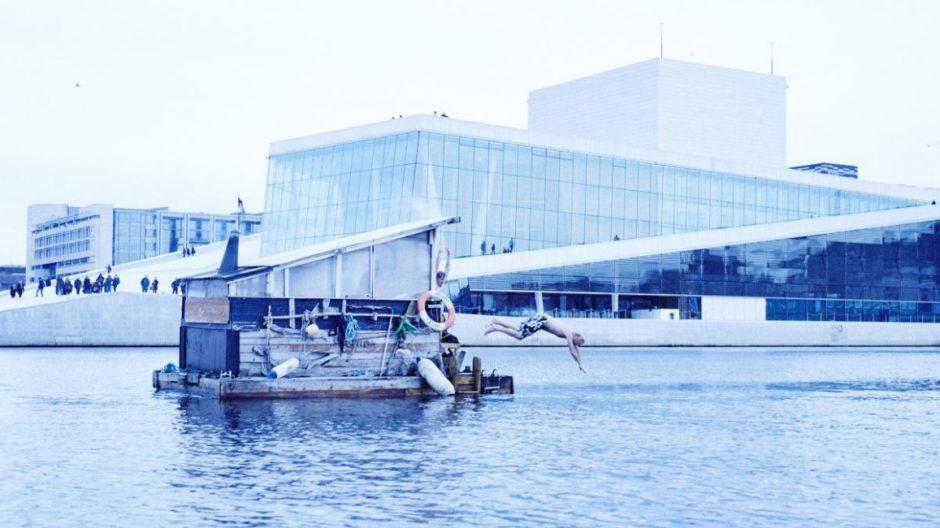 Sørenga badstue: Den lille, flytende badstueflåten som har ligget ved Sørenga er en herlig pioner.
