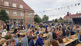 Lørdag 26. august var det invitert til gatefest på Damplassen i anledning 100-årsmarkeringen. Kristiania havebyselskap (senere Oslo havebyselskap).