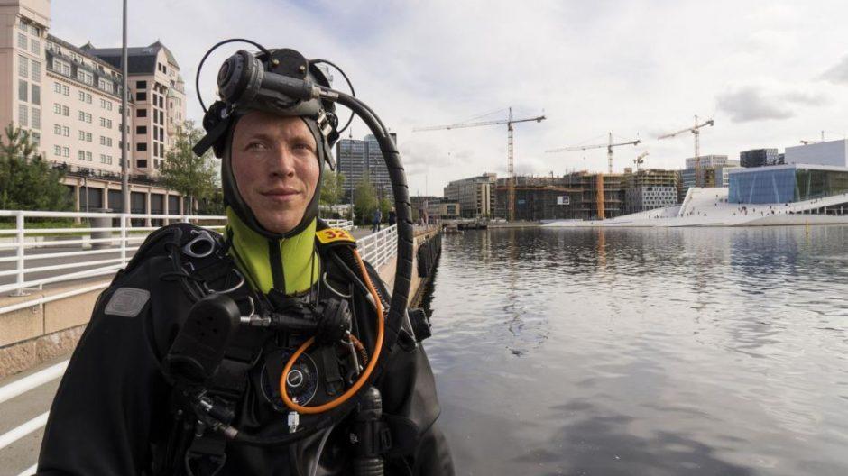 I takt med at aktiviteten lang kaikanten øker, stiger også risikoen for ulykker, påpeker redningsdykker Morten Holtberget.