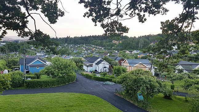 Det er ni kolonihager i Oslo med om lag 1100 kolonihageparseller.