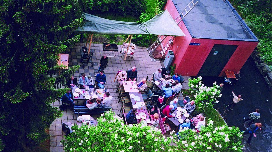 I Borettslaget Kollektivet på Hovseter arrangerer beboerne ofte felles sommeravslutning eller griller ute når det er fint vær.