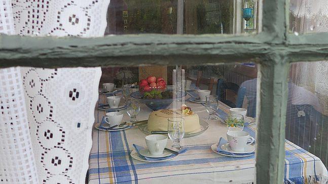 Kaffe og kake i Solvang kolonihage