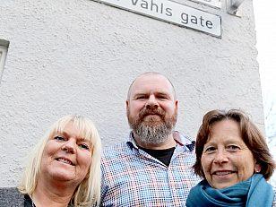 Tre geodata-ansatte Trine Engh, Stig Knutsen og avdelingsleder Kristin Tveit.