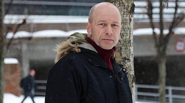Lars Hem i VAV