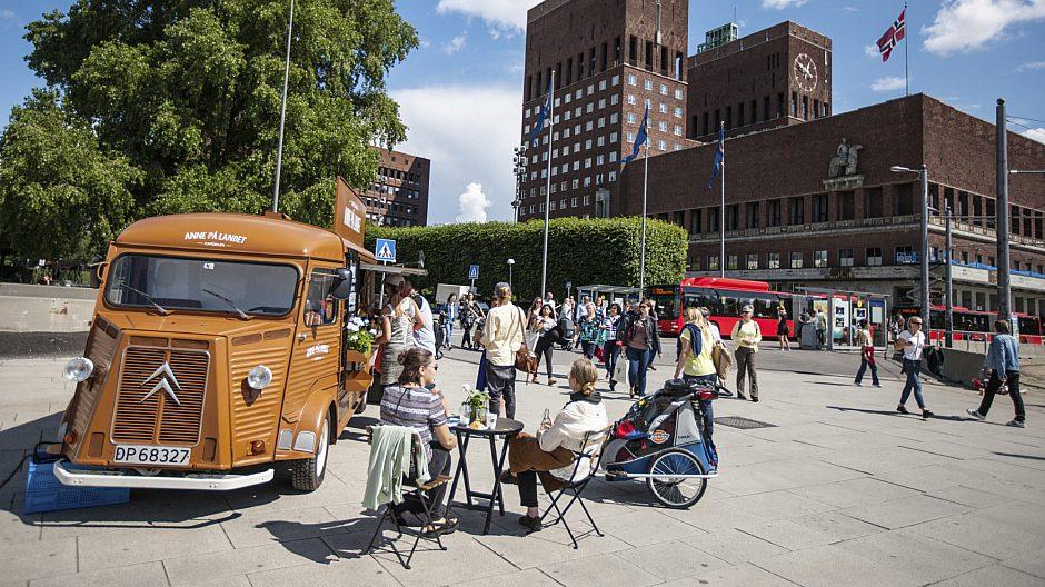 Food truck på Brynjulf Bulls plass/Rådhusplassen.