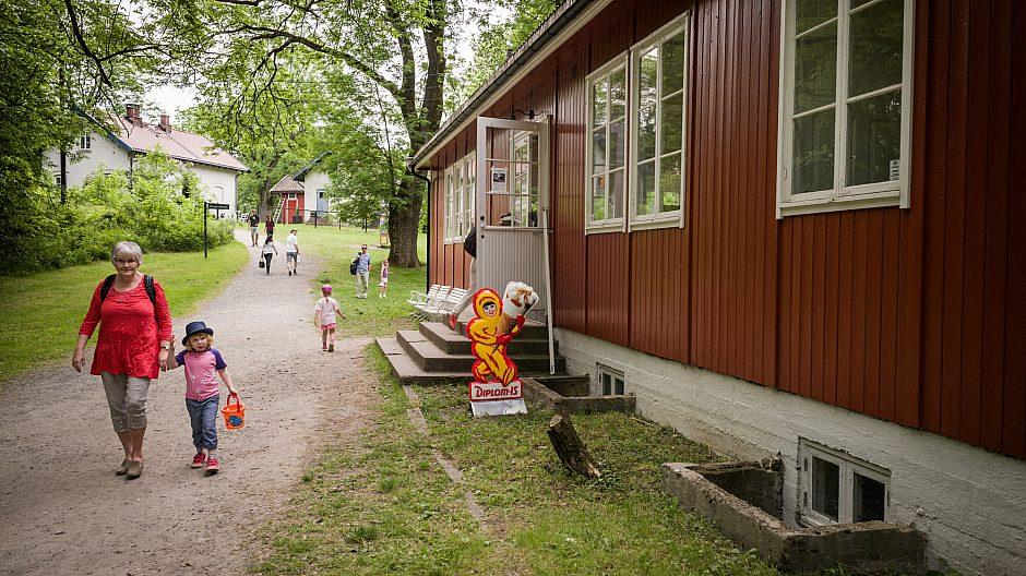 Klosterkroa på Hovedøya ligger rett ved klosterruinene.