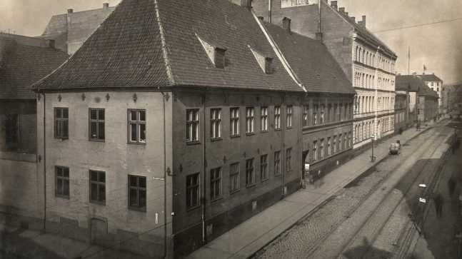 Krigsskolen Dronningens gate