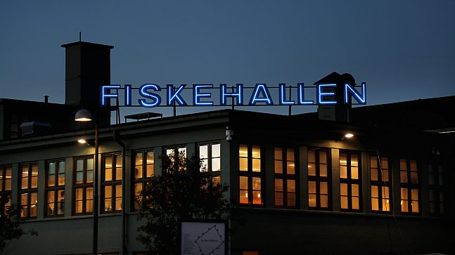 Fiskehallen by night