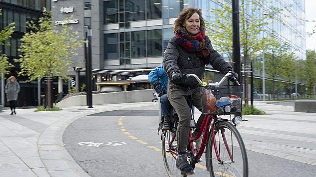 Et eksempel fra Oslostandarden: på Skøyen ferdes bilister og syklister helt adskilt fra hverandre.