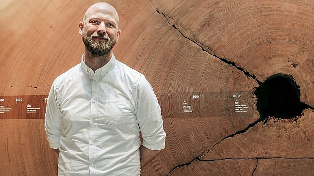 Prosjektleder for FutureBuilt Oslo Kommune, Kristian Ophaug-Vea, er imponert over Klimahuset og hva de fikk til.