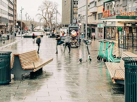 Olav Vs gate er Norges første utslippsfrie anleggsplass. Byggherre for pilotprosjektet er Bymiljøetaten.