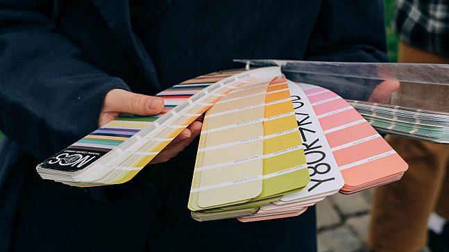 NCS-systemet er egnet som registreringsverktøy for farger. Det finnes omtrent 2 000 farger og nyanser å velge mellom.
