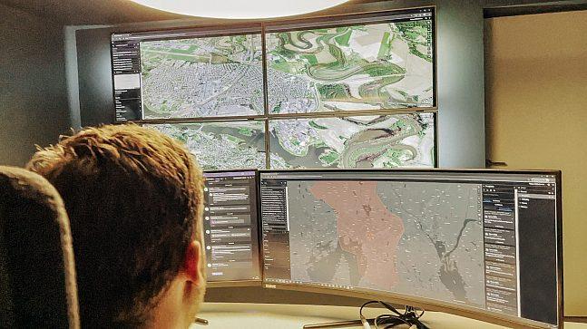 Bonum er en eiendomsutvikler som satser på data, kart og analyser for å støtte opp prosessene sine. Bonum samler og strukturerer offentlig data relatert til eiendom, inkludert reguleringsreserven.