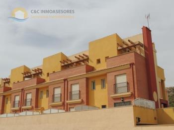 Duplex for sale in Comunidad Valenciana, Alicante, Guardamar del Segura photo 17