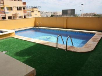Duplex for sale in Comunidad Valenciana, Alicante, Guardamar del Segura photo 4