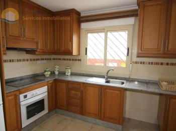 Duplex for sale in Comunidad Valenciana, Alicante, Guardamar del Segura photo 2