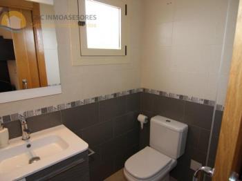 Duplex for sale in Comunidad Valenciana, Alicante, Guardamar del Segura photo 5