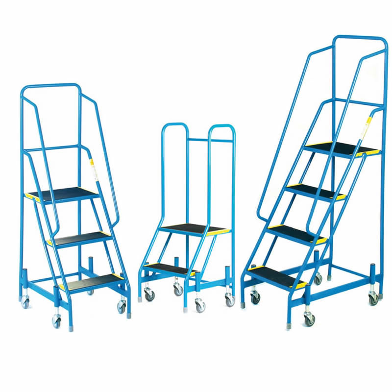 Fort Mobile Steps - 2 to 4  Rubber Treads - with full handrail