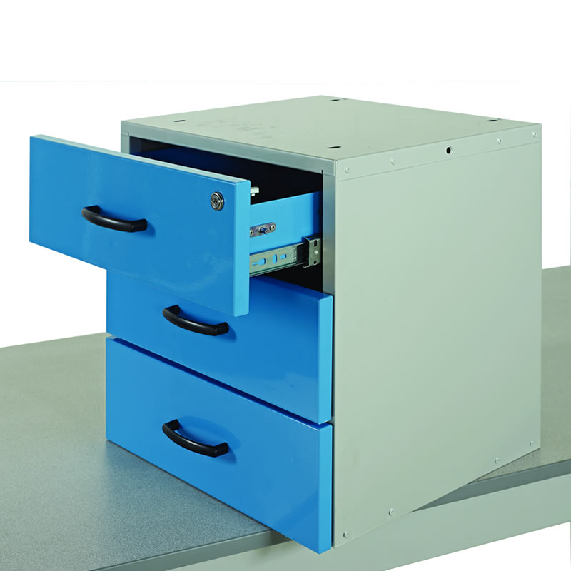 Triple Drawer for Cantilever Workbenches