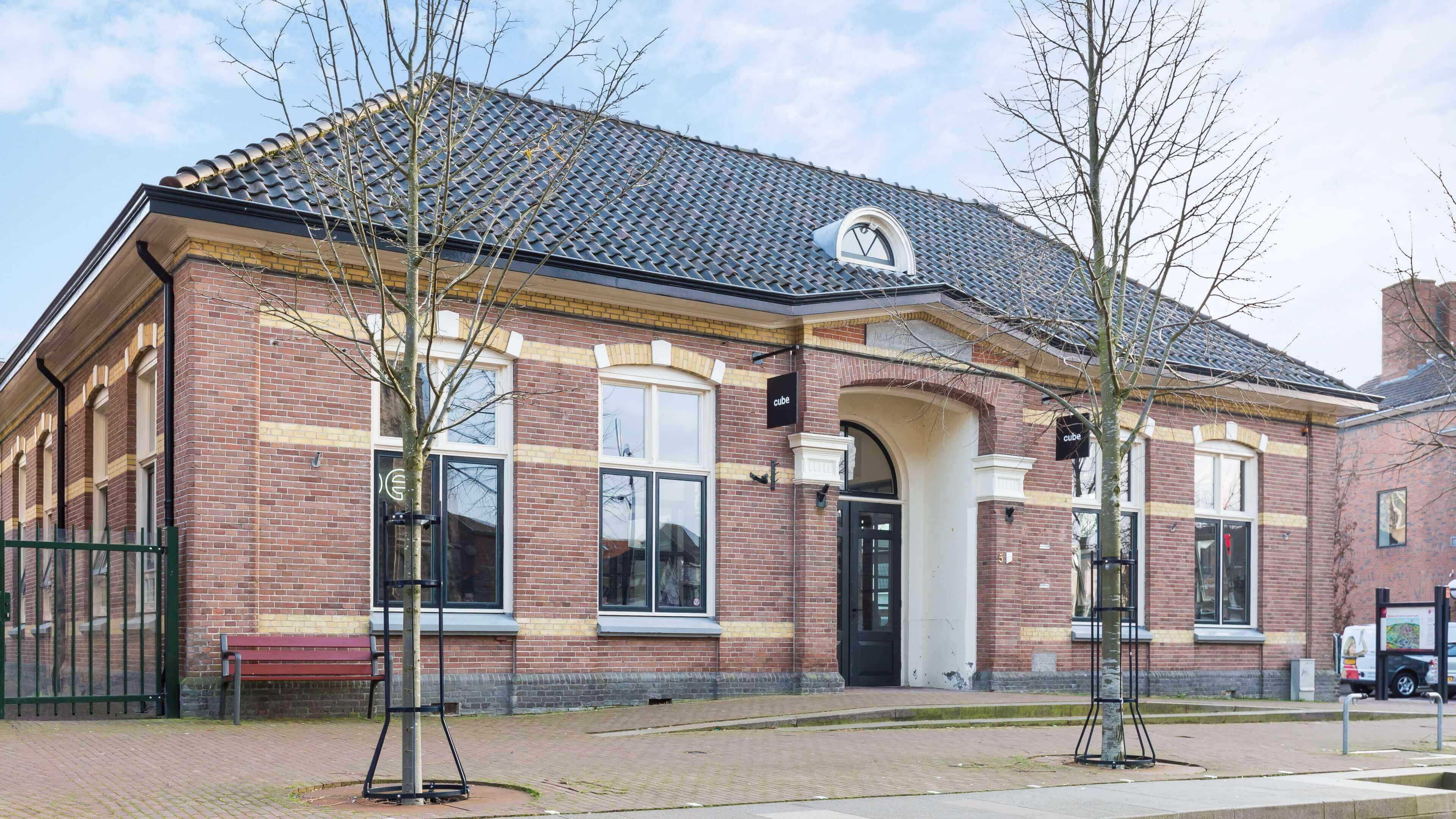 Cube heropent klaslokaal in Oldenzaal