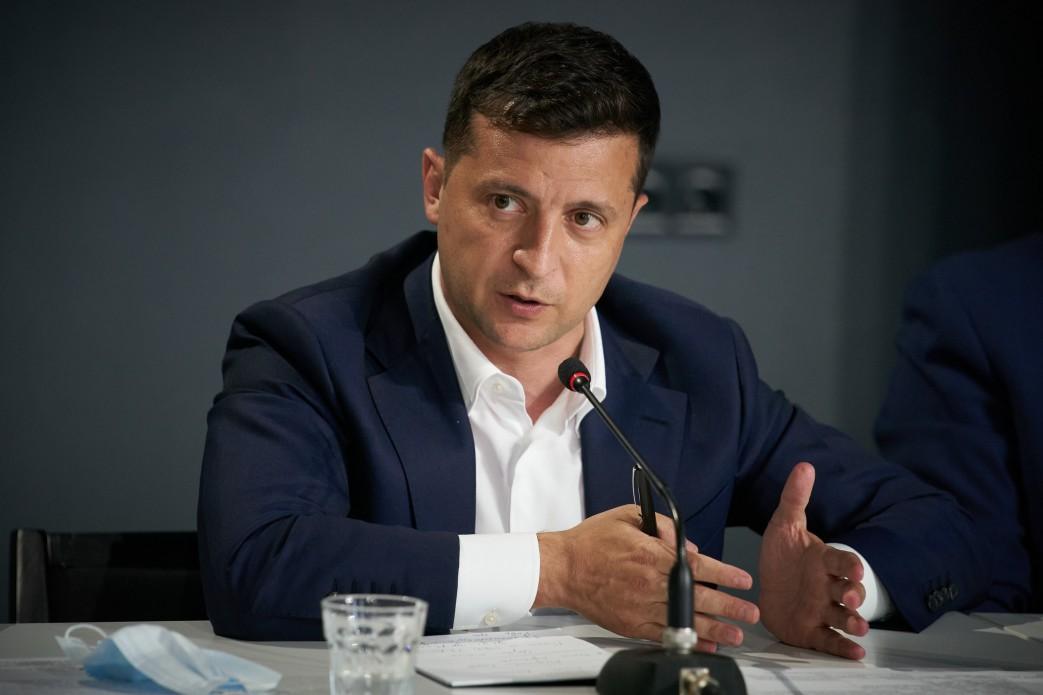 Затронут тему каннабиса, но опустят вопросы о Донбассе: Зеленский анонсировал всенародный опрос (ВИДЕО)