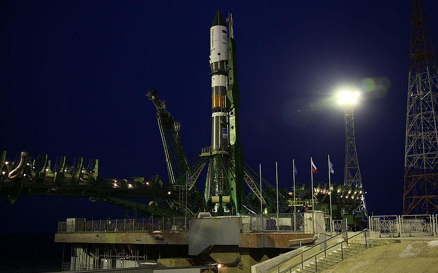 Росія запустила ракету з новим екіпажем космонавтів на МКС (Відео)