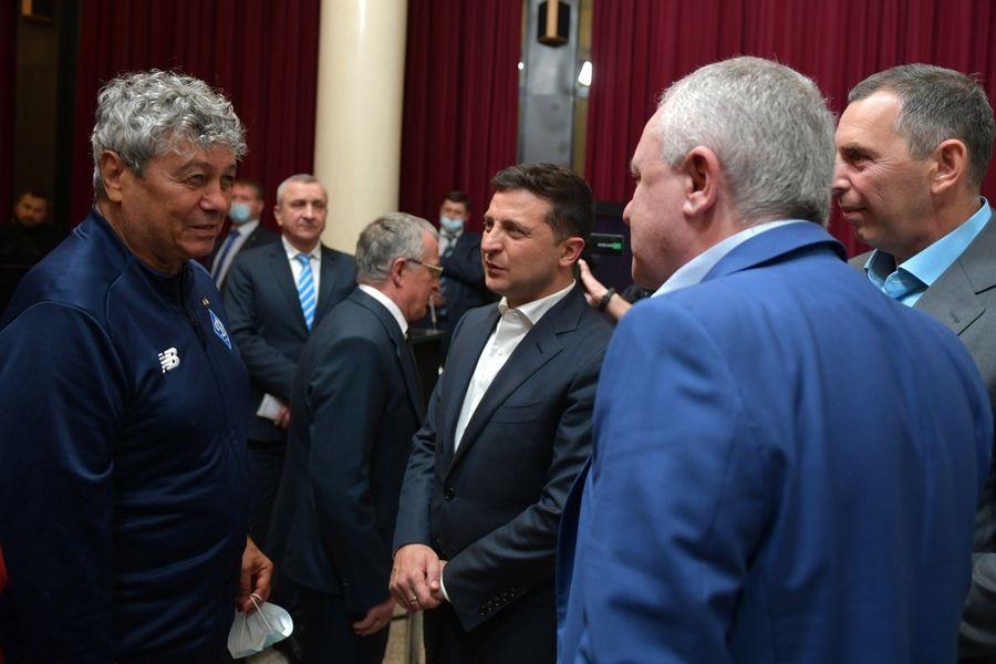 Без Суркіса: Зеленський погодився привітати легенд Динамо при виконанні однієї умови