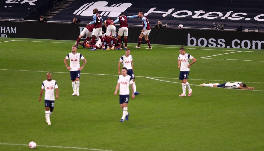 Феноменальний гол Лансіні допоміг Вест Хему оформити історичний камбек в матчі з Тоттенхемом (ВІДЕО)