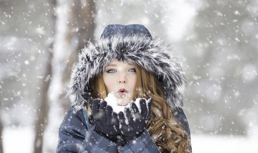 Снег выпал уже в 9 областях Украины: в каких регионах намело больше всего