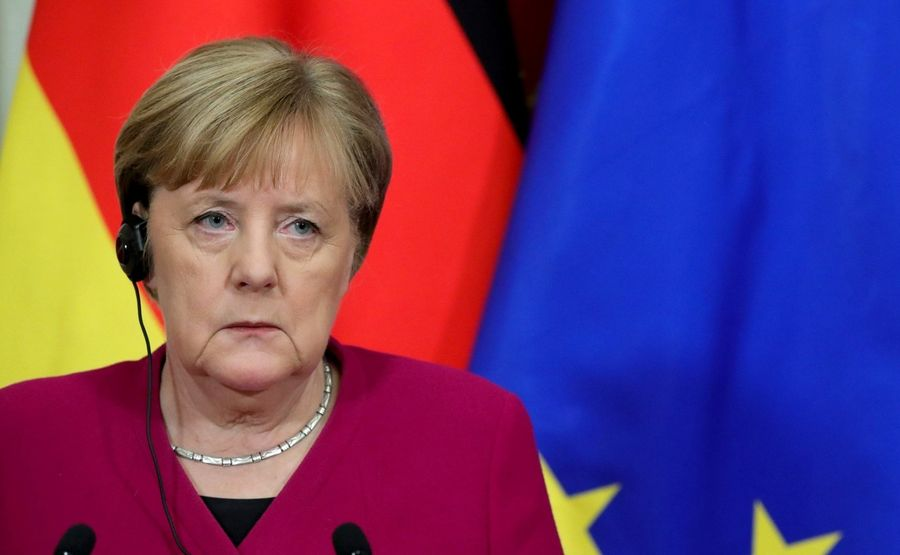 Ангела Меркель розповіла, коли в Європі буде зареєстрована COVID-вакцина