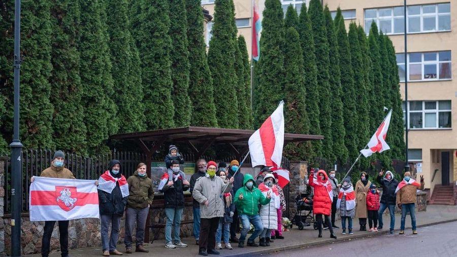Правозахисний центр «Весна»: силовики 22 листопада затримали 338 білорусів за участі в мирних мітингах