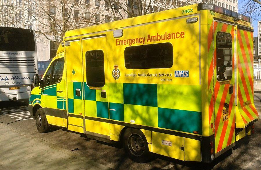 У Лондоні поліцейських і пожежних посадили за кермо машин швидкої допомоги