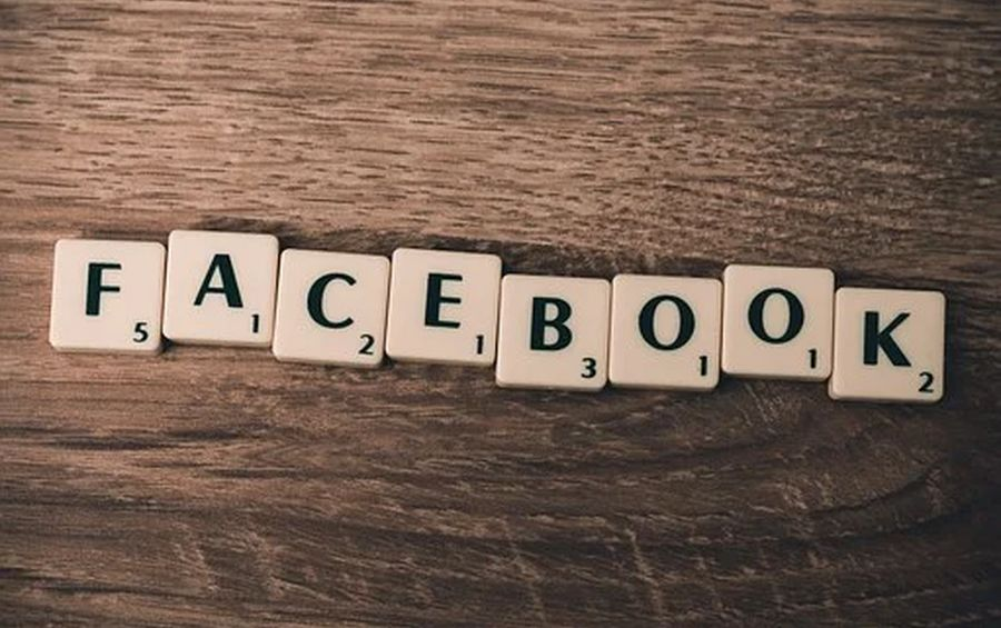 Подешевели на 51 миллиард: Facebook и Twitter падают в цене