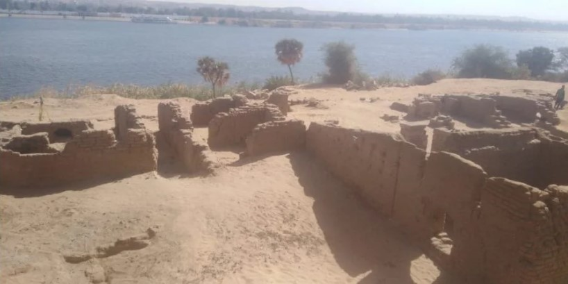 Группа археологов обнаружила в Египте руины римского форта: что говорят ученые