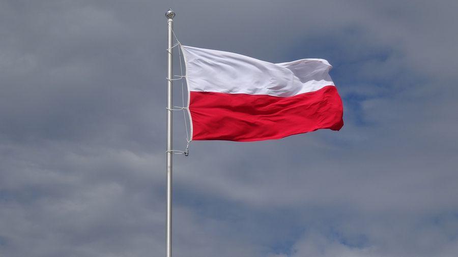 В'їжджаючи до Польщі з 23 січня можна не проходити обов'язковий десятиденний карантин