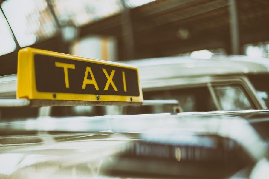 Такси в Киеве: как правильно выбрать и на какие факторы стоит обратить внимание