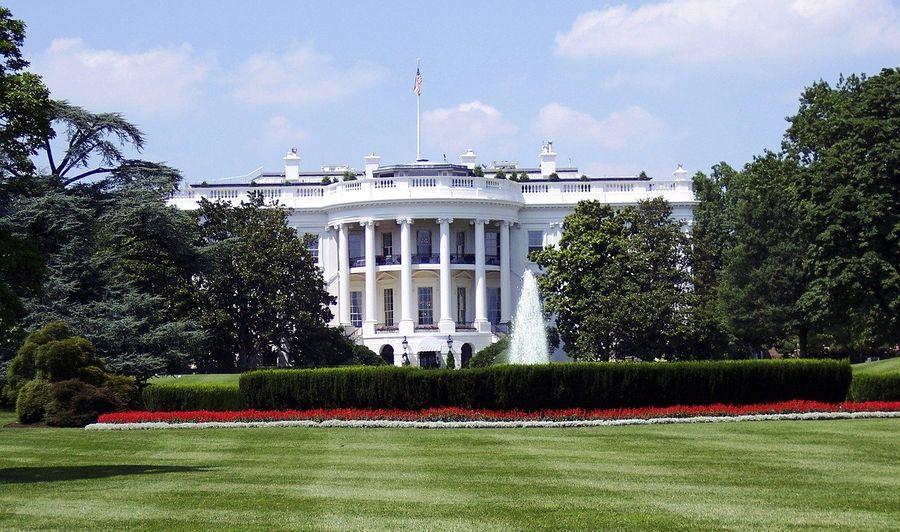 У Білому домі поділилися очікуваннями від зустрічі Байдена з Путіним