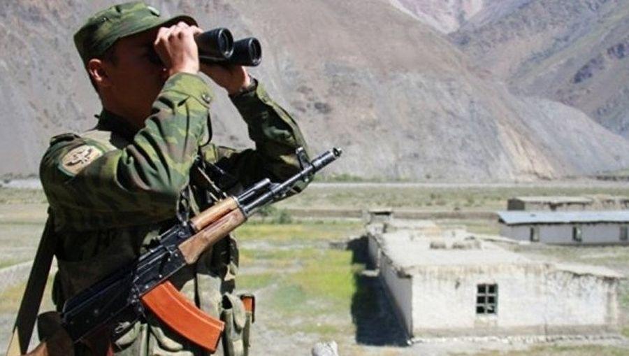 Зіткнення на кордоні Таджикистану та Киргизії: є перші загиблі, почали стягувати танки та БМП (ВІДЕО)