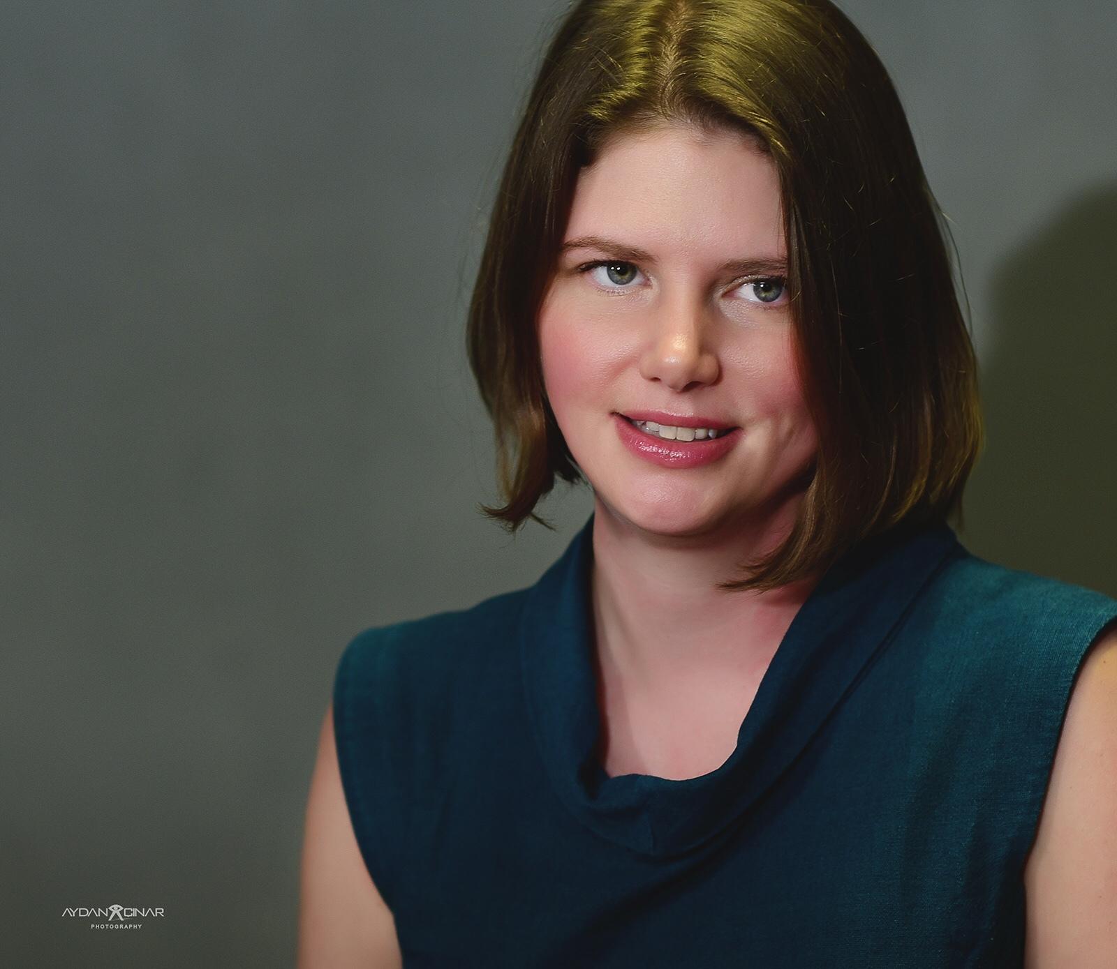 profile image Eva Constantaras