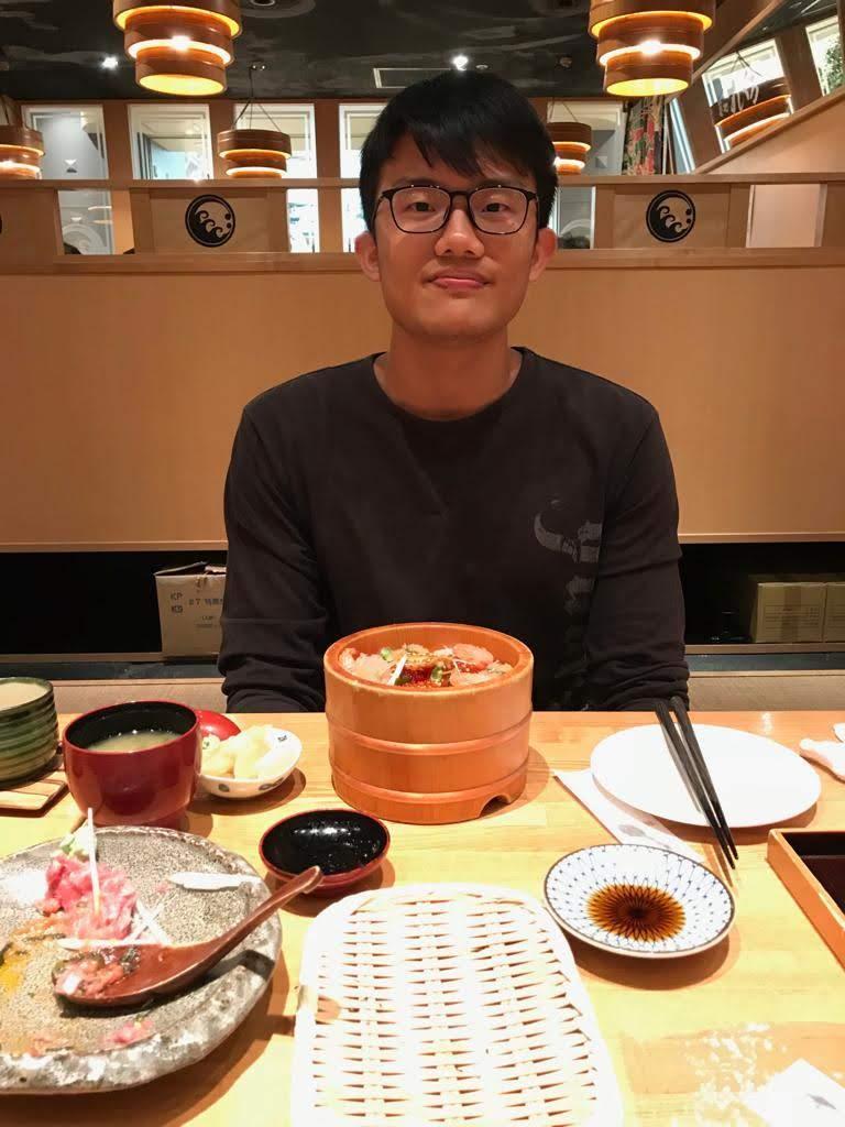 profile image Lek Hong