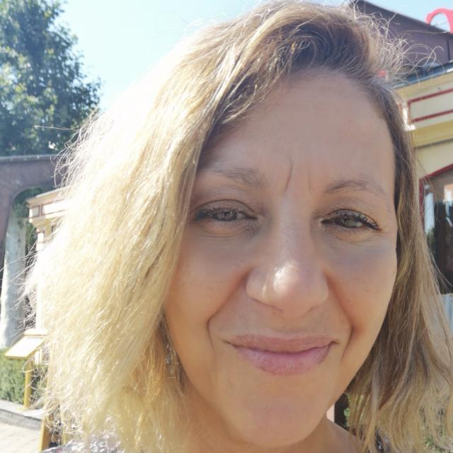 profile image hafida BENYACOUB